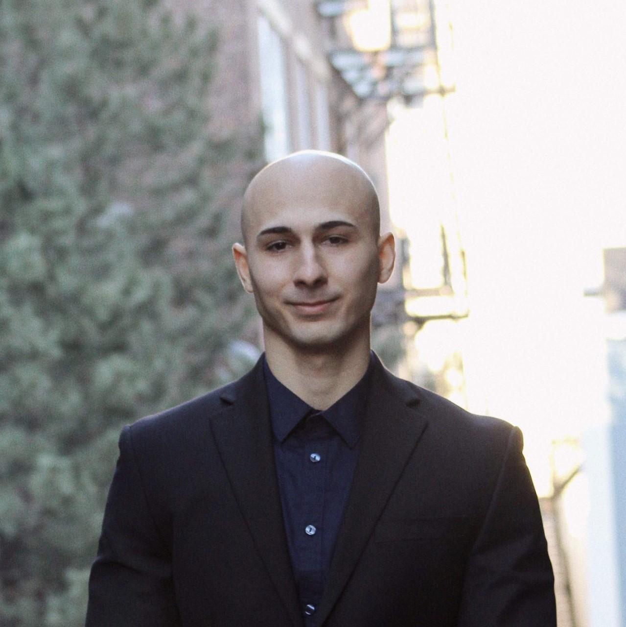 headshot of Tigran Melkonian